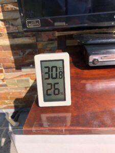 暑いですね。